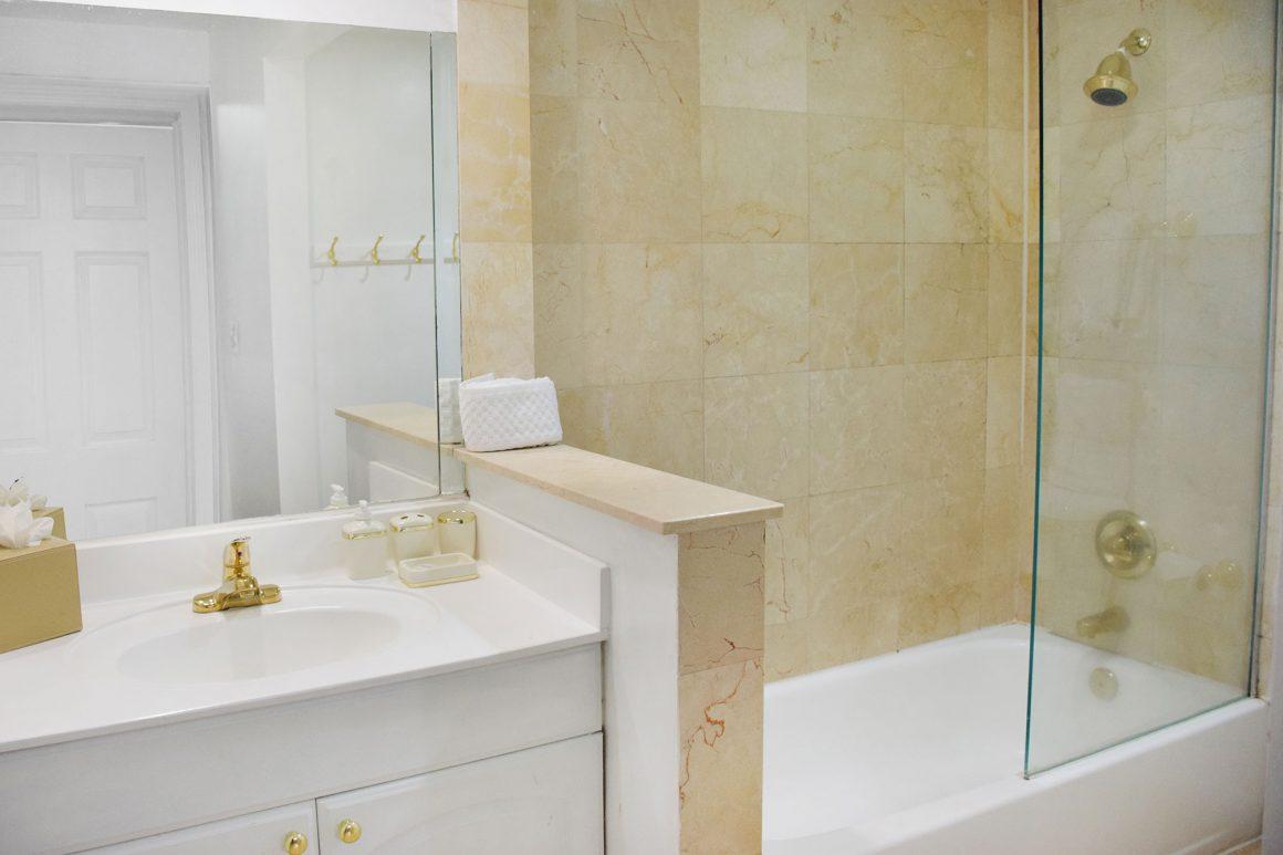 Bathroom at Beach Park Hotel